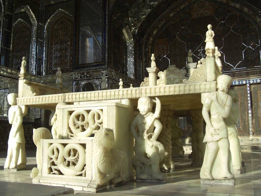 تخت مرمر - کاخ گلستان