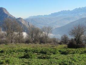 ارفع ده و چشمه پراو در منطقه سوادکوه مازندران